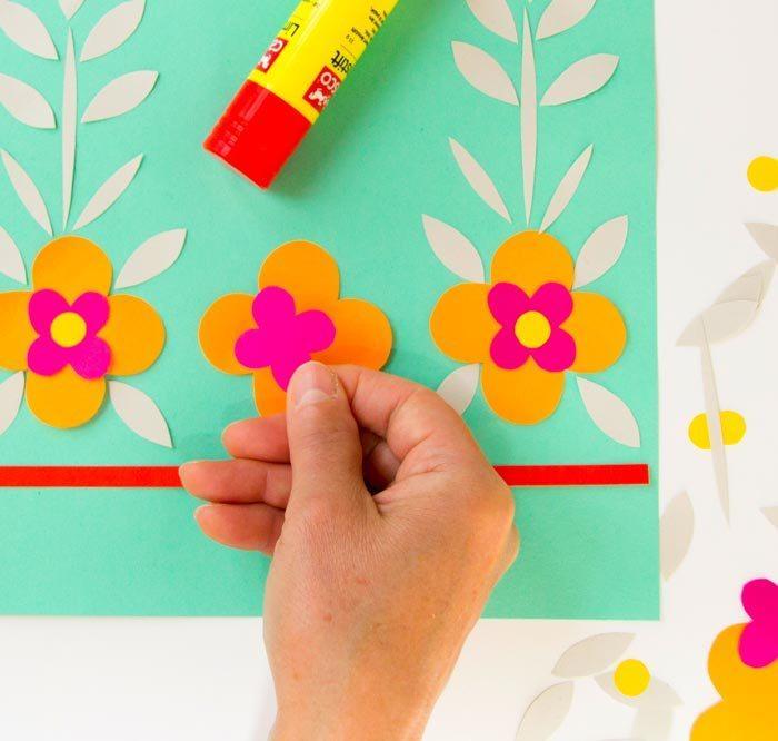 Tvoření - barevné květináče 3