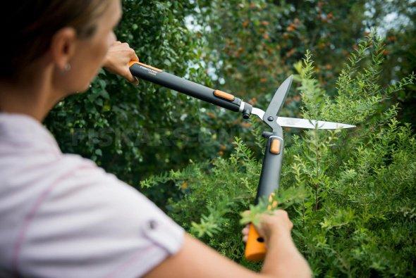 Nůžky na živý plot Fiskars