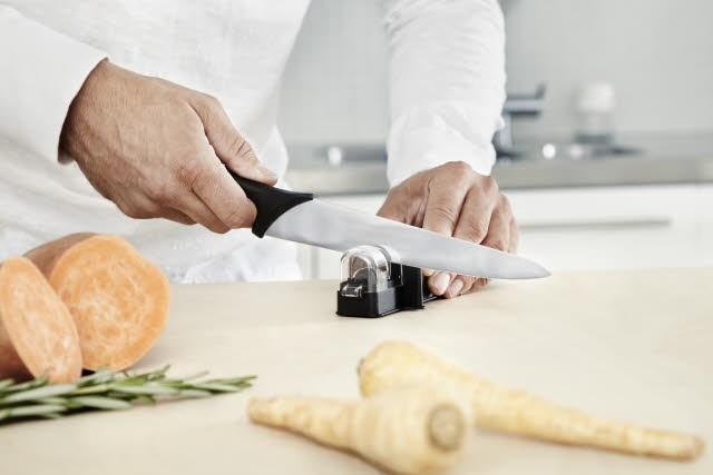 broušení nože
