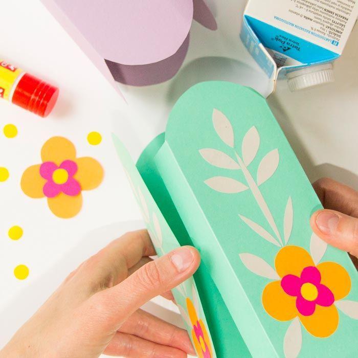 Tvoření - barevné květináče 4